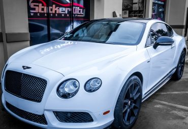 Bentley Continental wrapped in white (2)