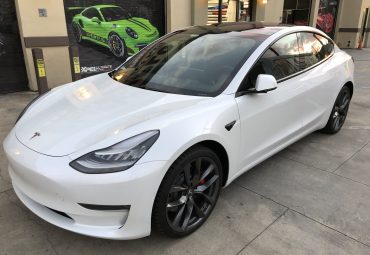 Chrome delete on Tesla Model 3